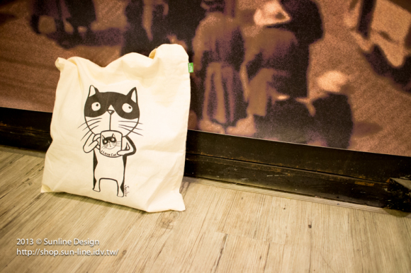 20130704貓喝貓杯棉布袋-12